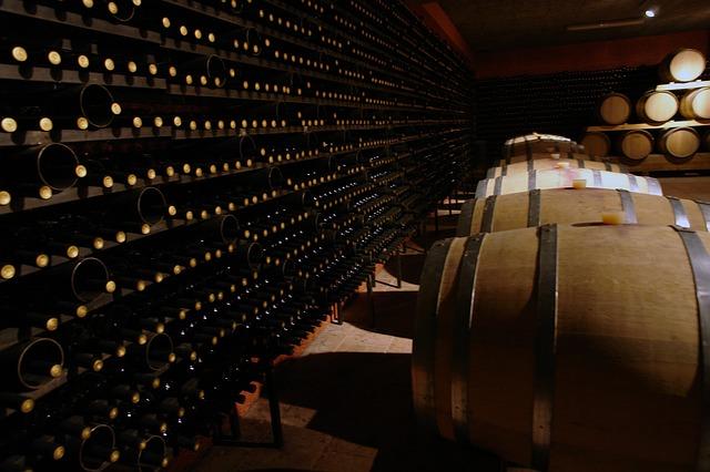 Cave à vin remplie